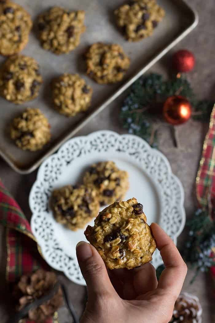 Learn how to make oatmeal raisin cookies without butter.