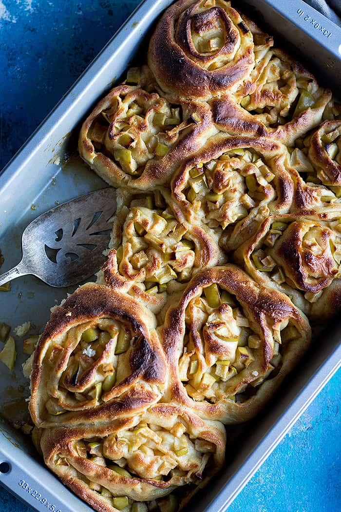 apple cinnamon rolls in a pan