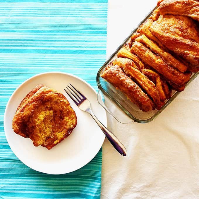This pumpkin spice pull apart bread is perfect for fall.