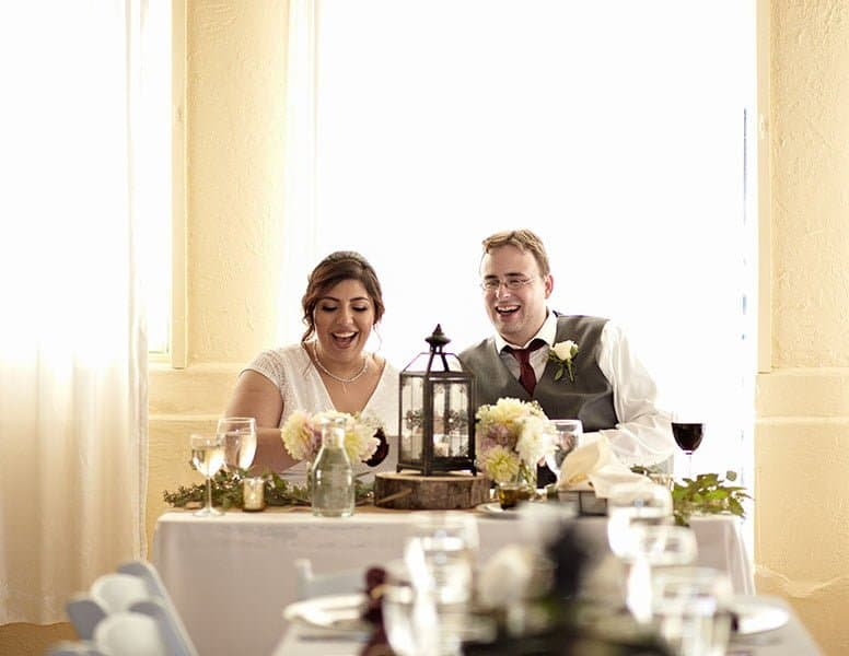 Today I'm going to tell you all about our wedding day! How we prepared for it and how it was. I'm going to tell you about the favors and the food we served. It was an amazing day!