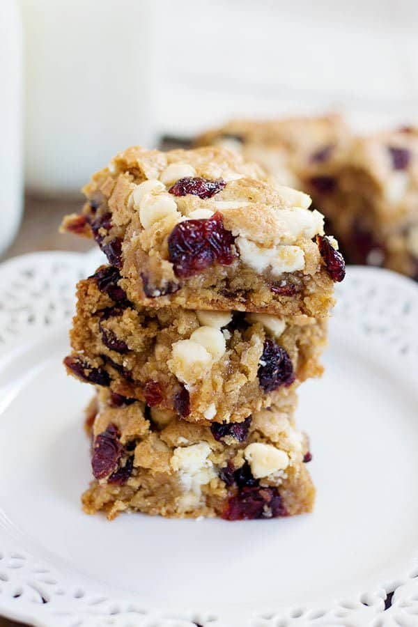 Cranberry White Chocolate Oatmeal Cookie Bars • Unicorns in the ...