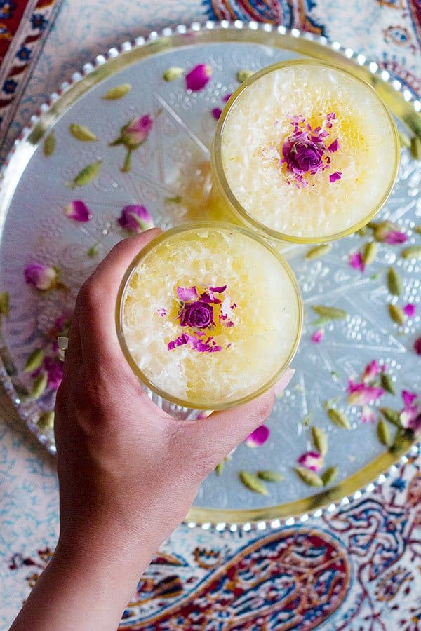 You can also use any type of milk including almond or soy milk for saffron milkshake recipe, as long as it's not flavored.