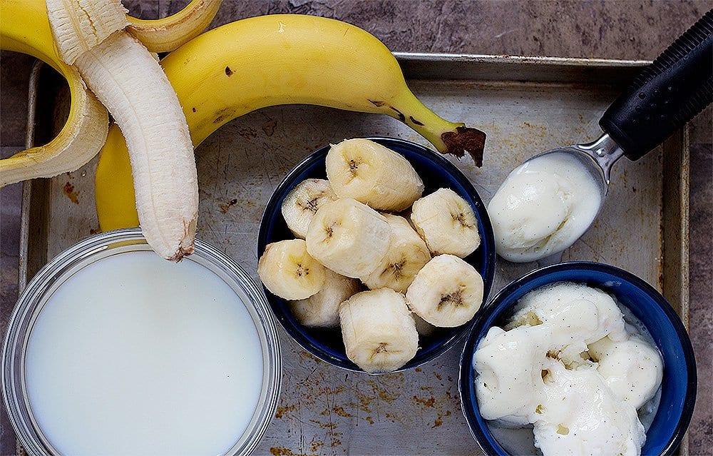banana milkshake ingredients are bananas ice cream and milk