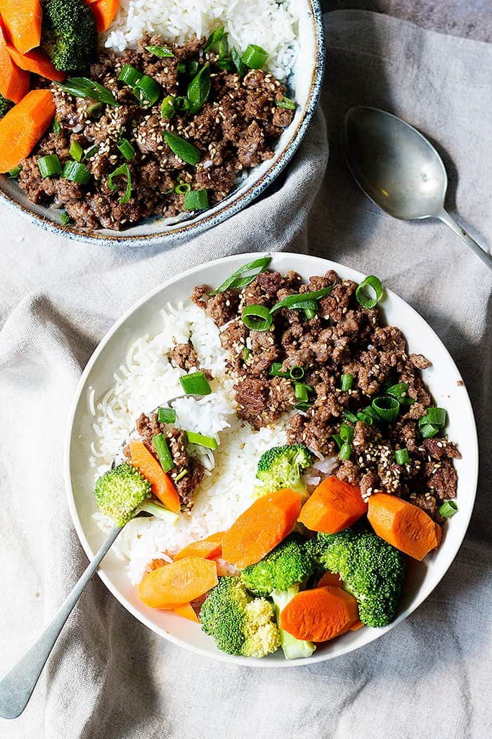 Korean beef bowl is everyone's favorite. You can add any vegetables you like.