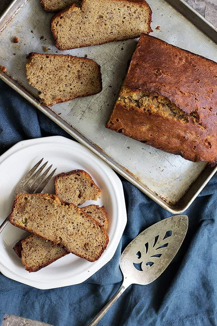 This s a healthier banana bread that uses partly almond flour.