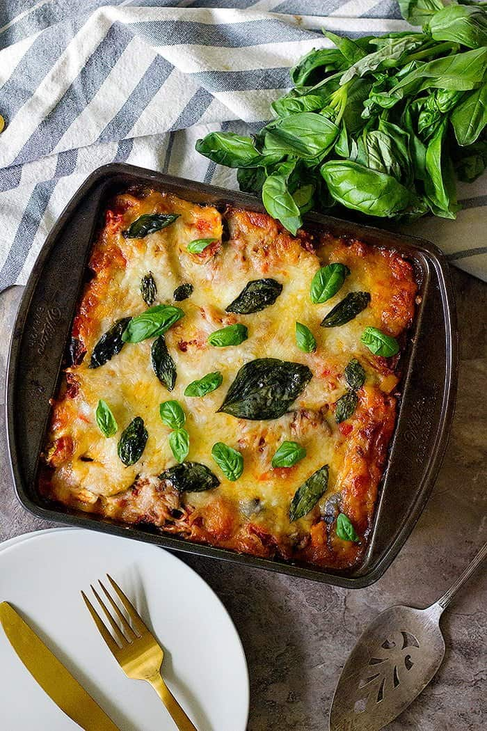 This is an easy vegetable lasagna recipe that is perfect for any day of the week. This vegetarian lasagna is cheesy, packed with veggies and absolutely delicious!