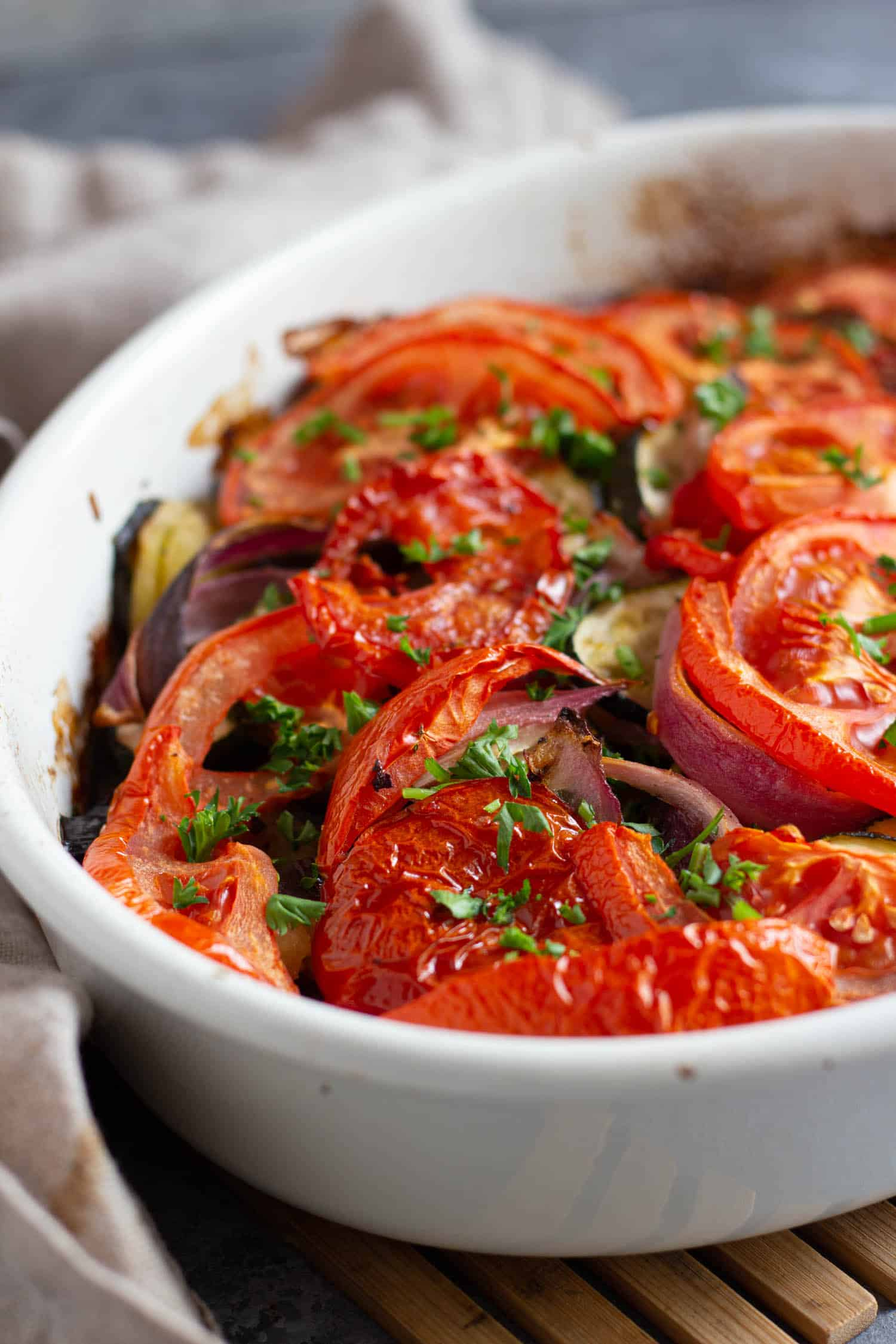 This dish is topped with tomatoes and onions for more flavor.