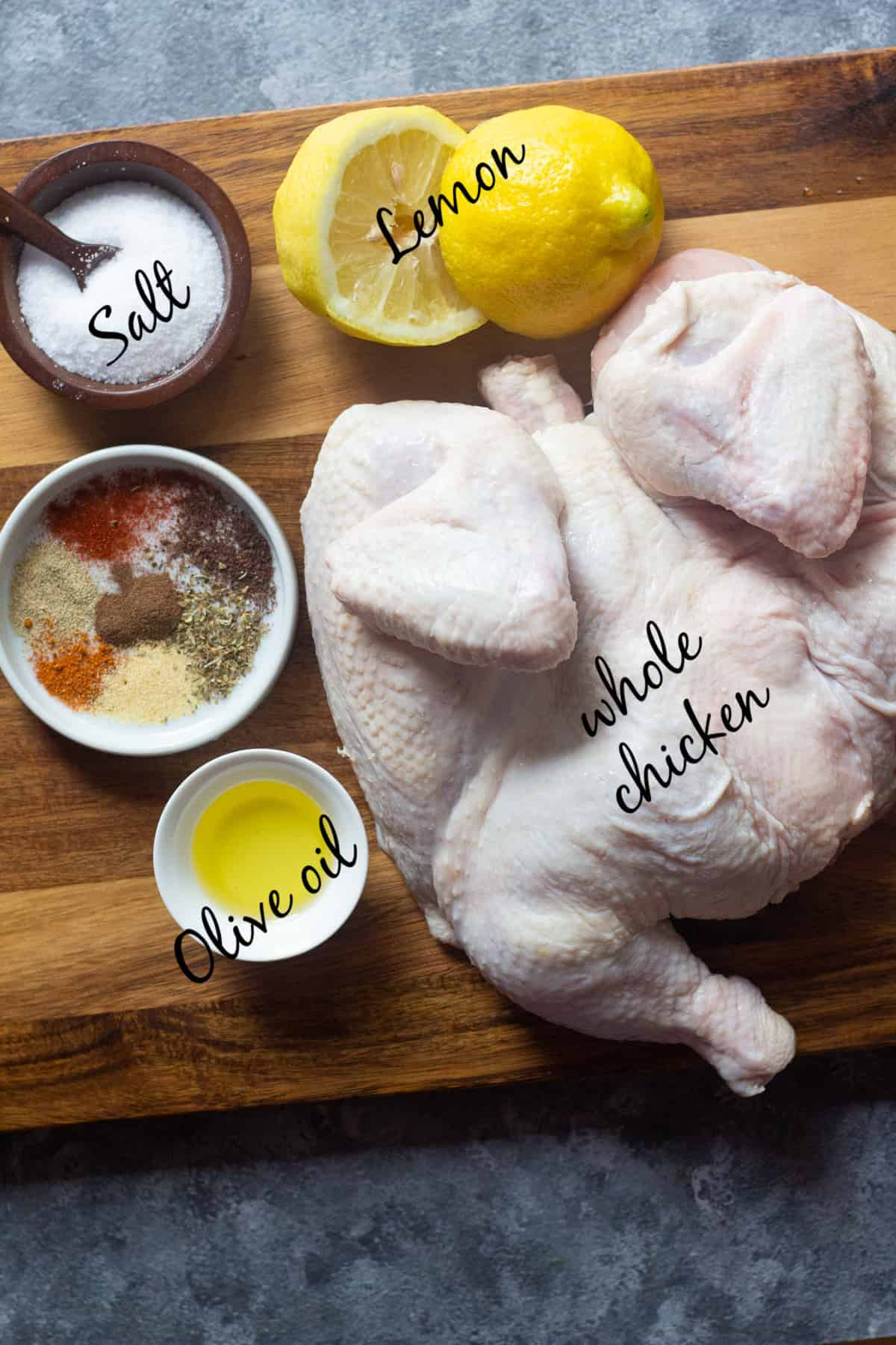 To make this recipe you need aa whole spatchcocked chicken, lemon, olive oil, salt and spices.